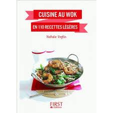 cuisine au wok recettes cuisine au wok en 110 recettes légères livre asie cultura