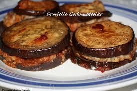 cuisiner des aubergines au four au four remplies de viande hachee et puree