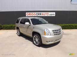 2013 cadillac escalade colors 2013 silver coast metallic cadillac escalade premium 82846390