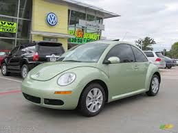 green volkswagen beetle 2009 gecko green metallic volkswagen new beetle 2 5 coupe