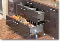 cuisine ergonomique cuisine ergonomique cuisine tiroirs sortie totale showroom