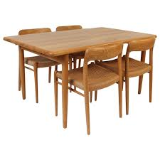 Mid Century Dining Room Furniture by Mid Century Modern Dining Room Sets 5 Mid Century Modern Dining