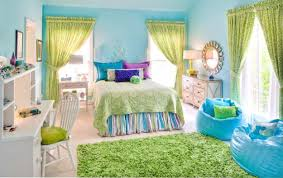 attractive bedroom wall designs ideas with light blue motive