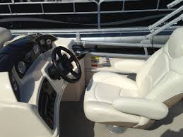 Aqua Patio Pontoon by Pontoon Boat Rentals Description And Pricing
