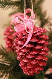 best 25 pine cone decorations ideas on decorating for