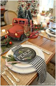 Christmas Table Decoration Ideas by Best 25 Farmhouse Christmas Decor Ideas Only On Pinterest
