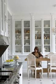 Kitchen Cabinet Display Best 25 Traditional White Kitchens Ideas Only On Pinterest Great