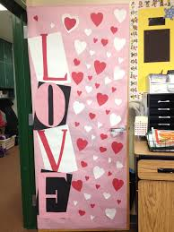 Valentines Day Decor For Office by 33 Best Class Door Ideas Images On Pinterest Christmas Ideas