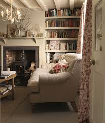 cozy home interiors best 25 cozy home library ideas on home libraries