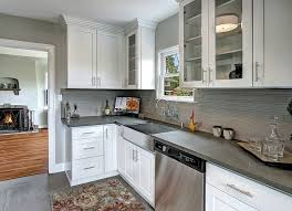 Cabinets With Crown Molding Crown Molding Cabinets Crown Molding Ideas 10 Ways To Reinvent