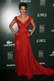 halle berry costume designers guild awards red lace evening prom
