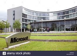 microsoft headquarters stock photos u0026 microsoft headquarters stock