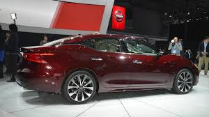 new nissan maxima 2015 2016 nissan maxima unveiled with 300 bhp video