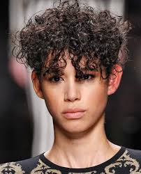 best haircut style for curly hair 6 of the best haircuts for curly hair