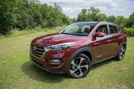 hyundai tucson 2016 hyundai tucson earns five star safety rating news cars com