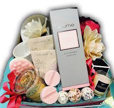 cing gift basket for world flowers