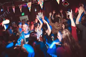 Wohnzimmer W Zburg Donnerstag Gisela Club Am 21 11 2017 Himbeerklub In Dresden Virtualnights Com