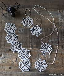 diy paper spider web jewelry
