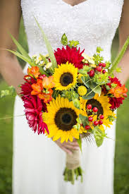 sunflower wedding bouquet warmth and happiness 20 sunflower wedding bouquet ideas