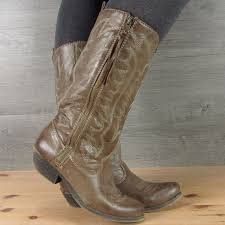 129 best boots images on 129 best boot junkie images on cowgirls