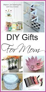 best gifts for expecting mothers best gifts for to be whether enjoying that pregnancy glow or