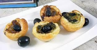 une cuisine pour voozenoo mini pissaladière et mini saladière une cuisine pour voozenoo