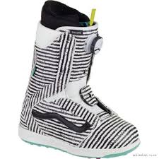 womens snowboard boots nz vans collection 2017 for sale buy womens vans encore