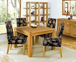 decorate dining room table