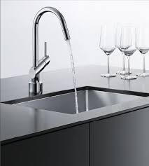 robinet cuisine moderne robinet électronique de cuisine viva