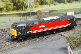 virgin trains porterbrook class 47 heljan 4676 oo gauge locomotive