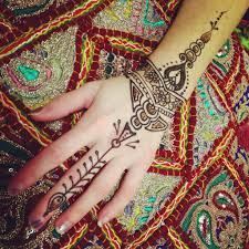 artist bio green leaf hennagreen leaf henna