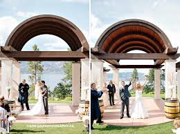 wedding arch kelowna kelowna wedding photographers cedarcreek winery manteo resort