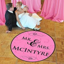 decorating your wedding floor made easy