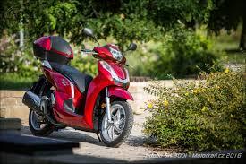 honda sh 300 katalog motocyklů a motokatalog na motorkáři cz