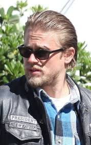 how to get the jax teller hair look 108 best charlie hunnam obsession images on pinterest charlie