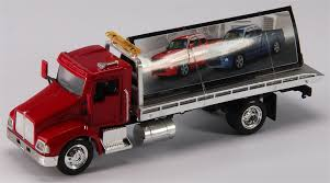 brand new kenworth truck new ray toys o 15703 rol kenworth t300 roll back truck 1 43