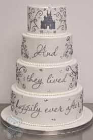 cinderella wedding cake best 25 fairytale wedding cakes ideas on disney