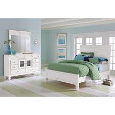 White Bedroom Furniture Value City Winchester 5 Pc King Bedroom Value City Furniture Manhattan