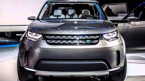 land rover jeep 2016 land rover discovery sport vs 2015 jeep grand cherokee youtube
