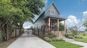 Chip And Joanna Gaines House Address 28k U0027fixer Upper U0027 Home Now Selling For 1 Million But Is It