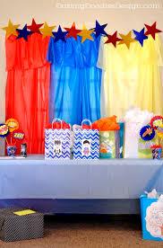 Batman Baby Shower Decorations Best 25 Superhero Baby Shower Ideas On Pinterest Superhero