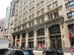 Pottery Barn New York City Flatiron Retail 11 West 19th Street Savitt Partners