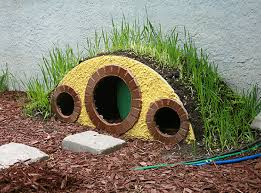hobbit hole how we made that hobbit hole cat shelter tutorial