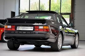 custom porsche 944 op zoek naar een 1987 porsche 944 turbo satinschwarz metallic bij