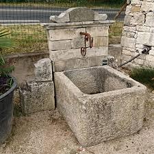 Fontaine D Exterieur by Petite Fontaine Artisanale De Style Borne à Eau Fontaine