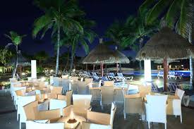 restaurants and bars in resort tulum bahia principe hotels