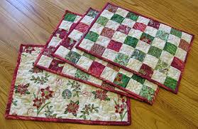 quilted table runner tutorial freemotion by the river