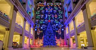 Macy S Christmas Decorations The Holidays In Philadelphia Thanksgiving Christmas New Year U0027s