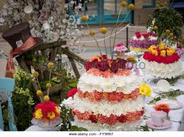 giant cakes stock photos u0026 giant cakes stock images alamy