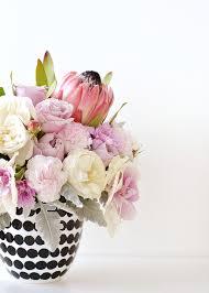 Diy Vase Decor Diy Spotted Vase Floral Arrangement With Lime Tree Bower U2013 Make